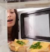 Микровълновите - скритият враг в кухнята