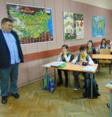 Евродепутат от ГЕРБ направи дарение на добричко училище
