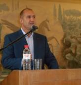 Двойно повече гласове за Румен Радев в област Добрич