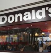 McDonald's премахва чийзбургера от своето Happy Meal