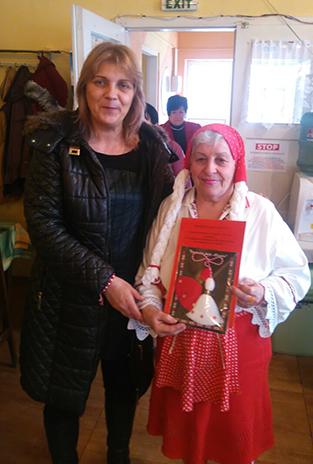 Мартеници и пожелания за здраве, любов и доброта подари днес Мая Димитрова