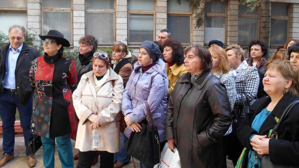 Джипитата в Добрич на протест, поискаха оставката на министър Москов