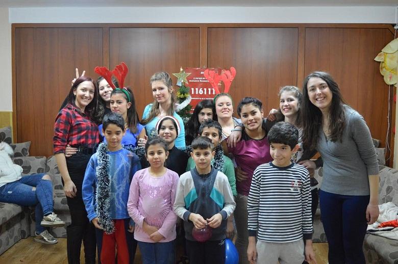 Усмивки изгряха в Центъра за настаняване от семеен тип за деца и младежи без увреждания в Добрич