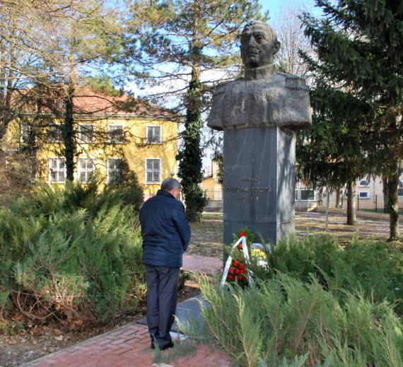 Тошевци отбелязват 157 години от рождението на генерал Стефан Тошев