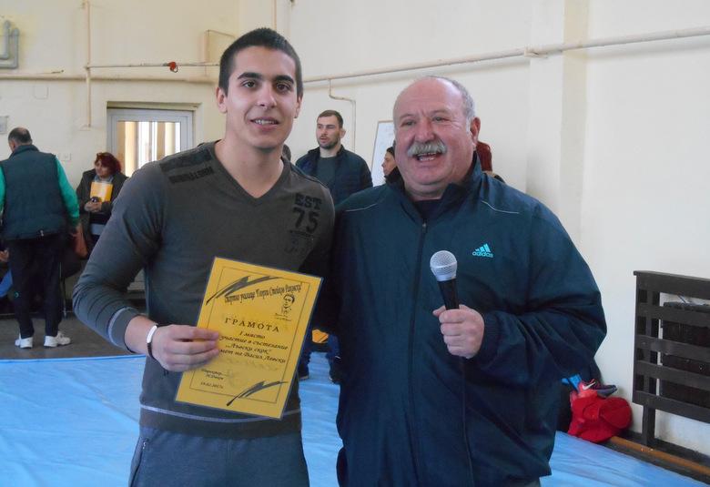 Хандбалисти спечелиха лъвския скок в спортното училище