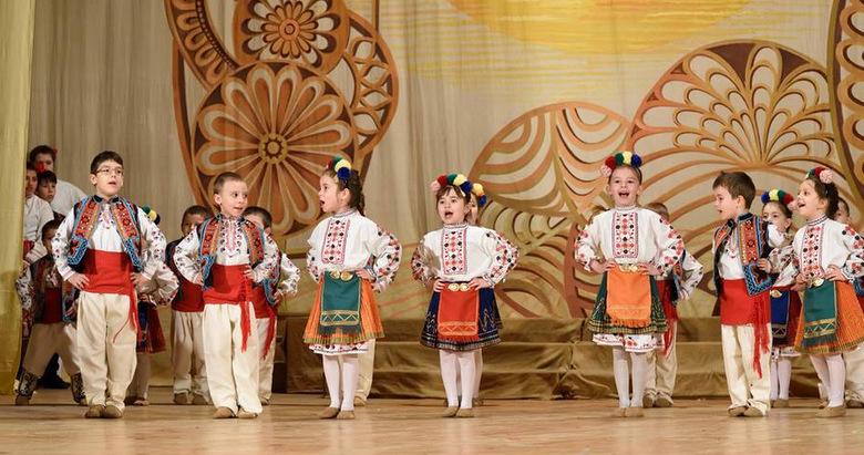 """Първо място за """"Славейче"""" на """"Децата на България пеят, танцуват, рисуват"""""""