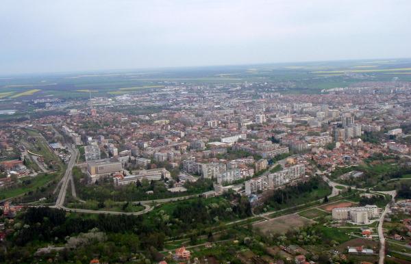 Споделете добрия пример, търсят се най-красивите междублокови пространства в Добрич