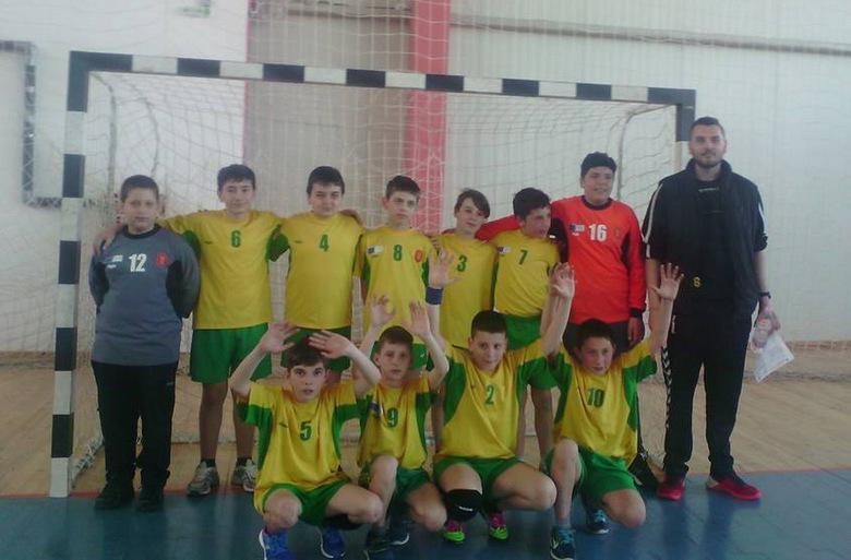 Малките хандбални таланти на Добруджа играят на турнир в неделя в Добрич
