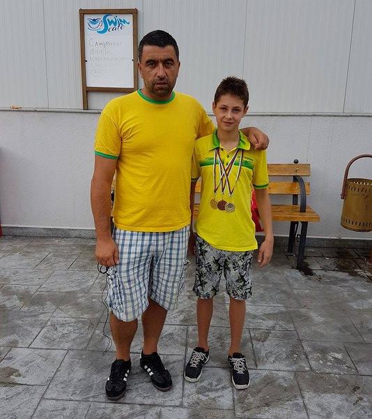 3 медала за Николай Божков на държавното първенство по плуване