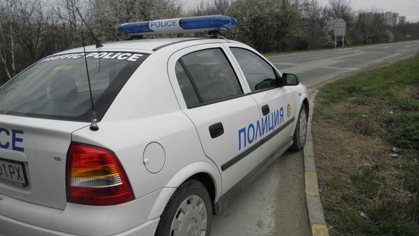 Хванаха млад шофьор с фалшива книжка в с. Пчеларово