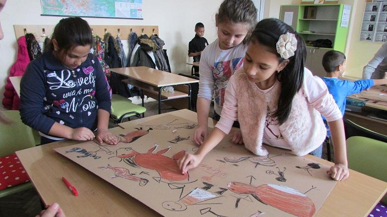 """""""История на изкуството в училище"""" за първи път в Добрич"""