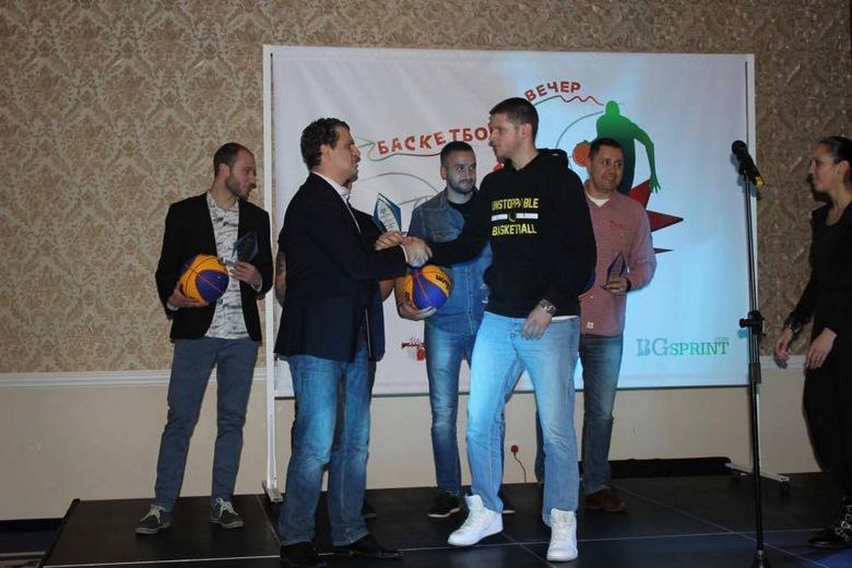 Федерацията отличи баскетболист на Unstoppable - Добрич