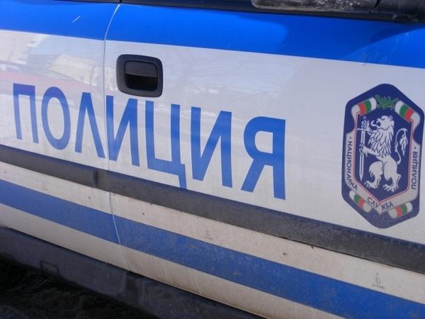 Шофьор на цистерна от Балчик хвърли 20 лева на полицаи