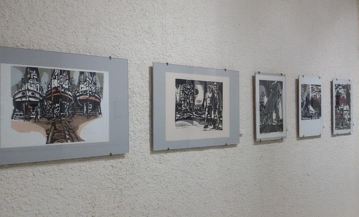 """От днес изложба """"Майстори на графичните техники"""" краси стените на галерията"""