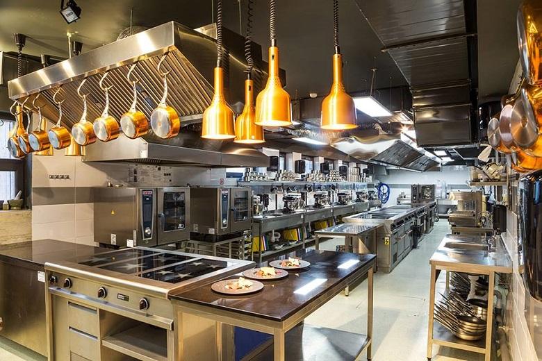Институтът за кулинарни изкуства отваря кухнята си за добричлии