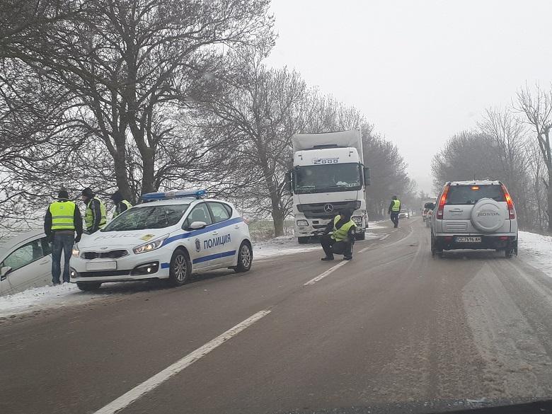 С опасност за живота са пострадалите при катастрофата по пътя Добрич – Варна