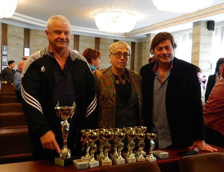 """За трета поредна година ПМГ """"Иван Вазов"""" е на първо място в училищното първенство на Добрич"""