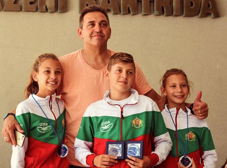 Шест сребърни медала и един бронзов за добрички плувци от Международен турнир в Хърватия