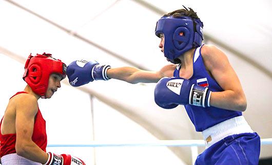 Наградиха победителите в Европейското първенство по бокс в Албена