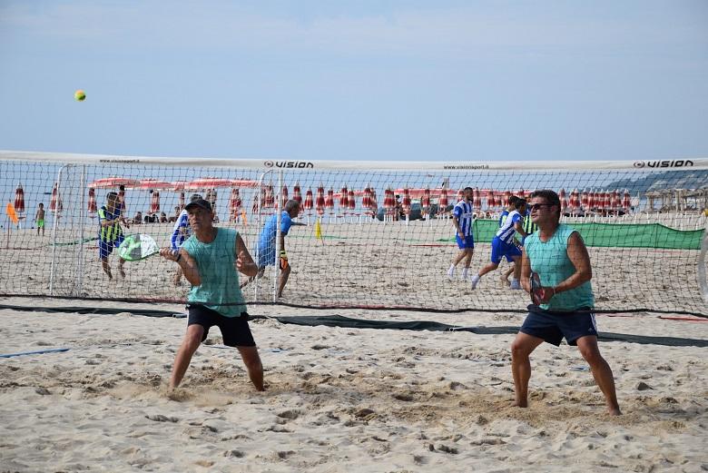 Турнир по плажен тенис се проведе в Албена