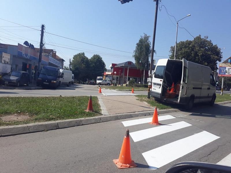 Тече обновяване на пътната маркировка в Добрич