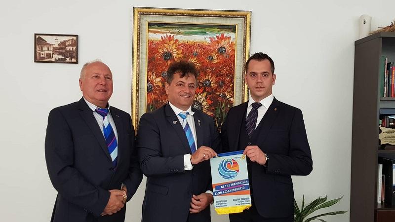 Кметът на Добрич Йордан Йорданов се срещна с дистрикт гуверньора на Ротари България