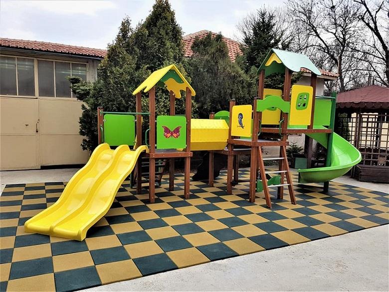 Граждани с инициатива за направа на детска площадка, събират средства за закупуване на съоръжението