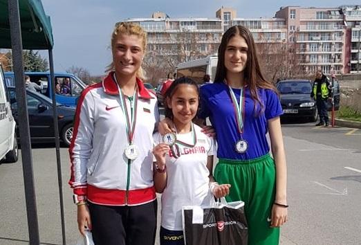 """До призови места достигнаха атлетите от """"Добруджа 99"""" в два старта"""