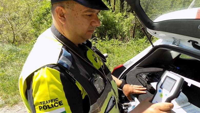 Дрогиран шофьор от Добрич е задържан от полицаи в Генерал Тошево