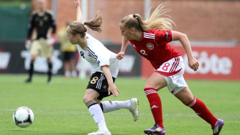 В ход е продажбата на билети за европейското по футбол за девойки до 17 год. в Добричка област