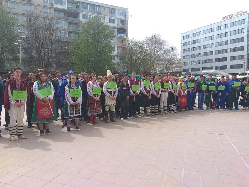 """Ученици от 48 населени места ще мерят сили в Националното състезание """"Млад фермер"""" в Добрич"""