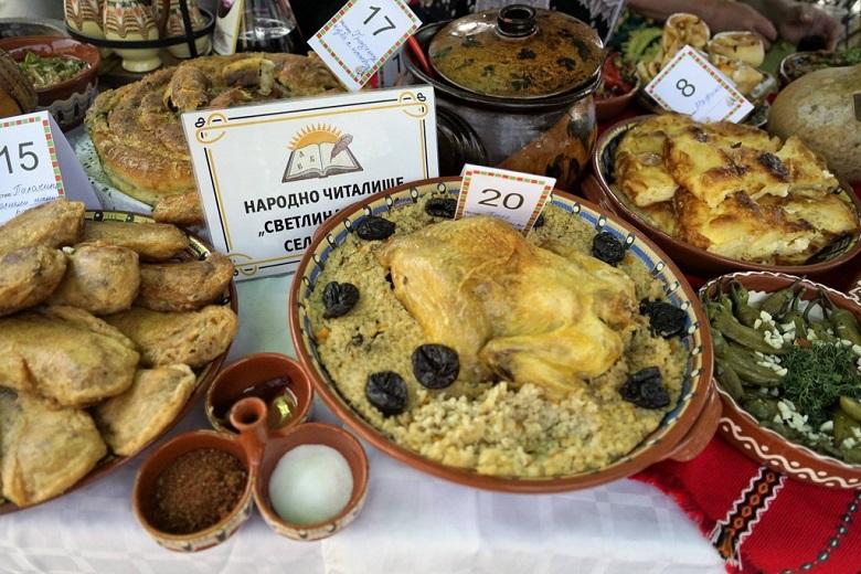 За 11-и път Община Крушари организира Празник на гърнетата