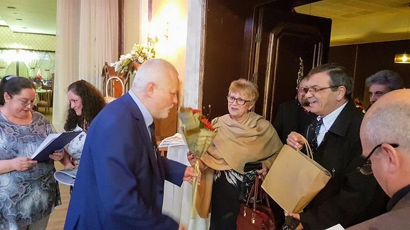 """Бивши и настоящи преподаватели, директори и приятели отбелязаха 65-годишнината от създаването на ОУ """"Н. Й. Вапцаров"""""""