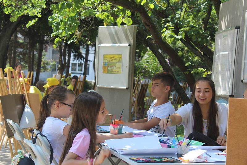 """Над 80 деца се включват в """"Еко лято"""", тази година те ще бъдат запознати със 100-те национални туристически обекта"""