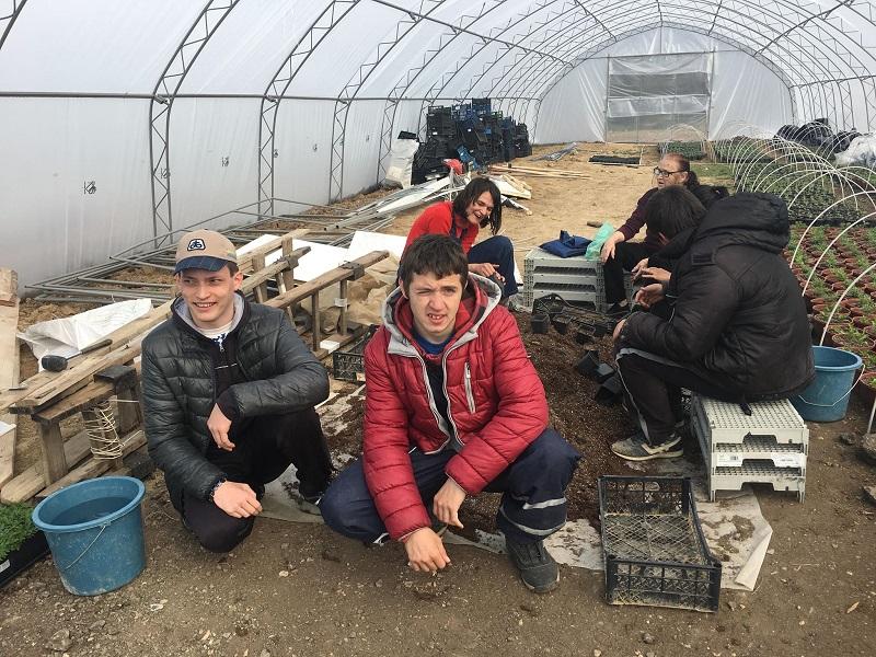"""Хора с добри сърца помогнаха на """"Чудната градина"""" да събере 6 550 лева за трактор"""