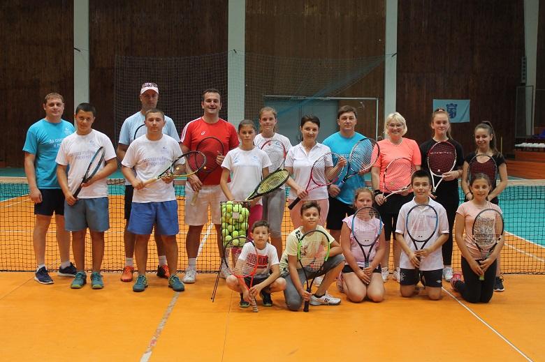 Спортният директор на Българската федерация по тенис даде открит урок в Каварна