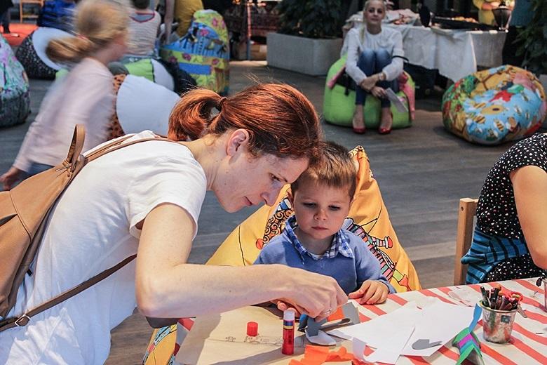 Рисунки във вода, търсачи на съкровища и още много забавления на детски панаир днес в Добрич