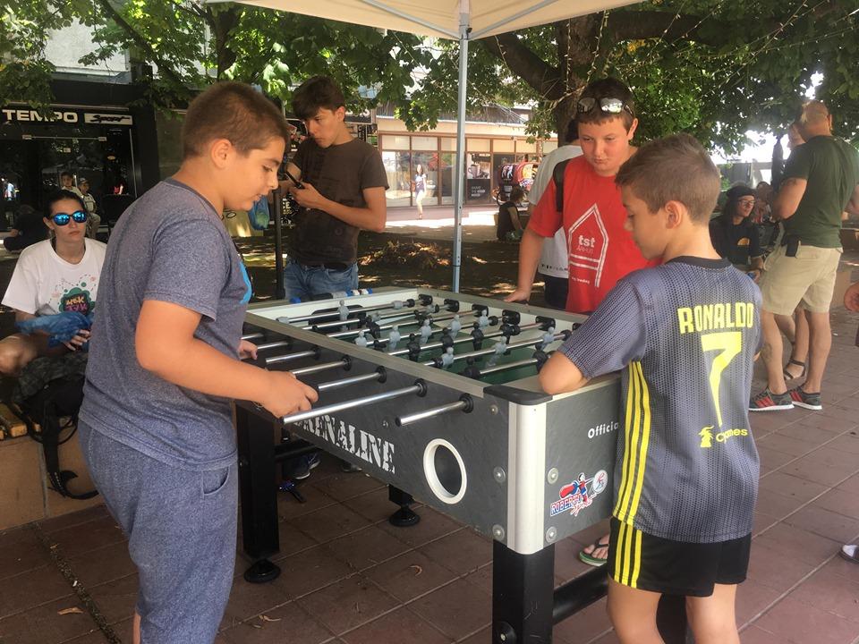 """Втори ден настроение и игри на фестивала """"Щък тук-там"""" в Добрич"""