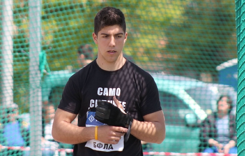 Валентин Андреев счупи нов рекорд на чук