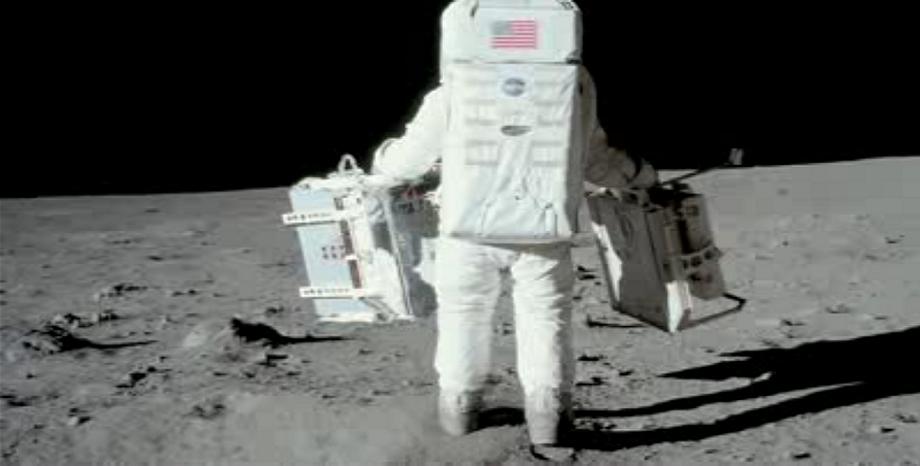 """50 години от кацането на Луната - """"Една малка крачка за човека - един голям скок за човечеството..."""""""