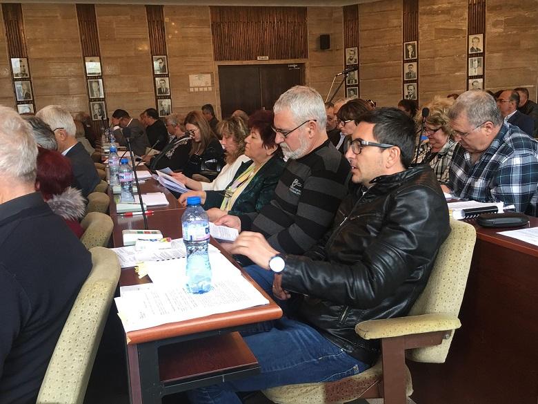 Още двама общински съветници стават независими в Общинския съвет на Добрич