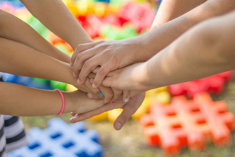 """Събитие за деца и възрастни """"Кажи ми здравей – бъди ми приятел!"""" ще се проведе днес в Добрич"""