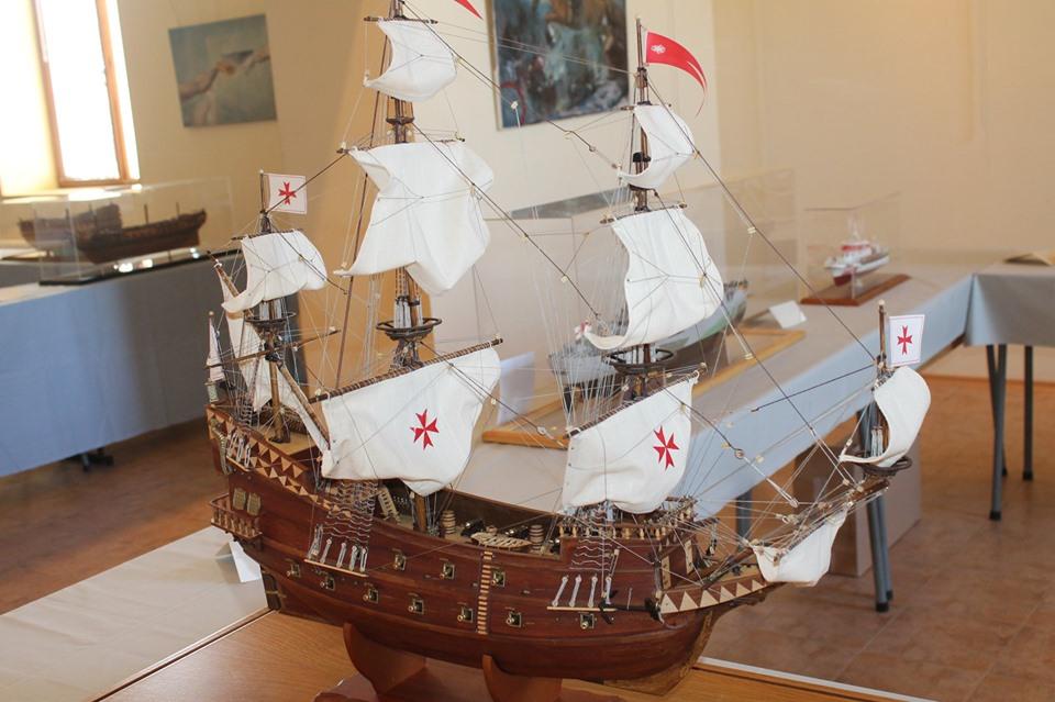 """Клуб """"Вимпел"""" с 5 златни, 6 сребърни и 1 бронзов медал от Държавното първенство за корабни модели в Каварна"""