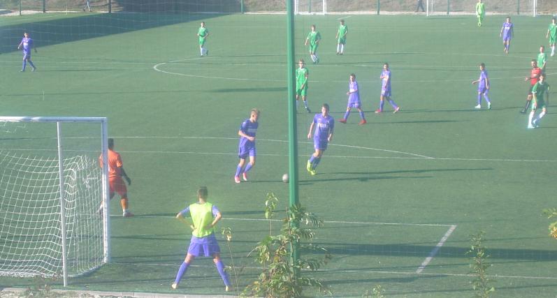 Юношите до 15 години започнаха подготовка в Сливен
