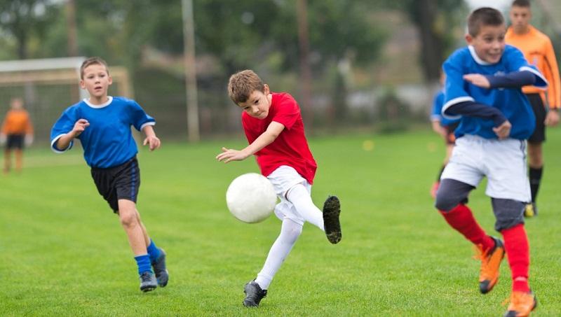 """Детско-юношеската школа на """"Спортист – 2011"""", град Генерал Тошево набира млади футболни надежди"""