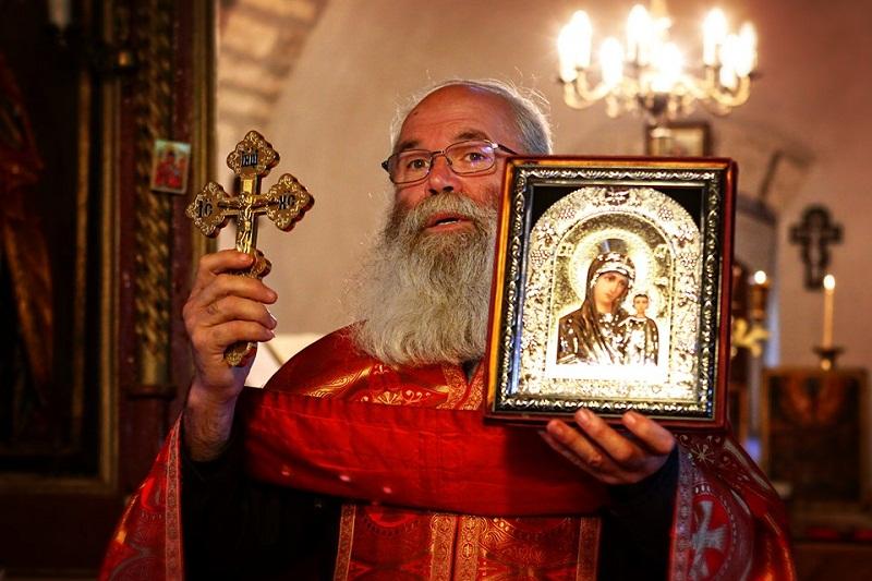"""Църквата """"Успение Богородично"""" в Каварна отбеляза своя храмов празник"""