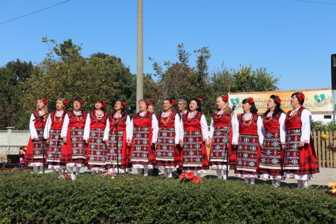 Събор на българите-преселници от Северна Добруджа се проведе в с. Дъбовик