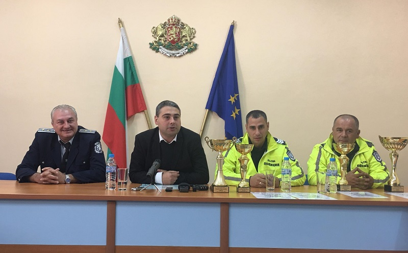 Четири купи са спечелили полицаите от ОДМВР-Добрич на националното състезание