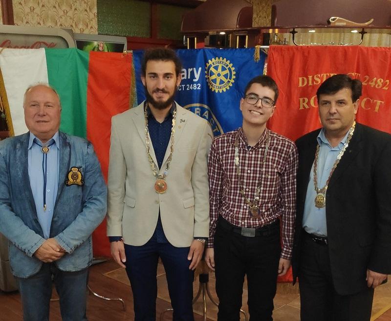Младежките клубове Интеракт и Ротаракт в Добрич с нови президенти