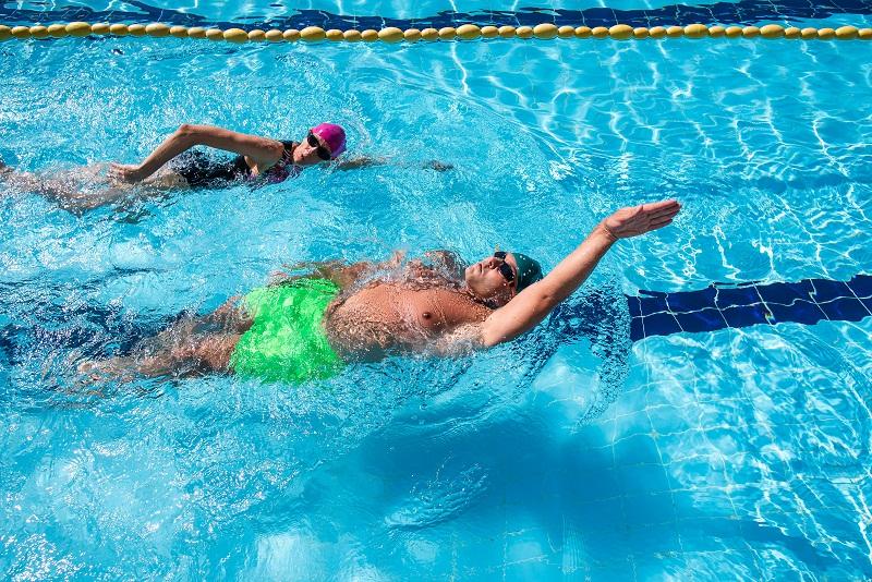 """Училището по плуване в к.к. """"Албена"""" ще работи през зимата"""